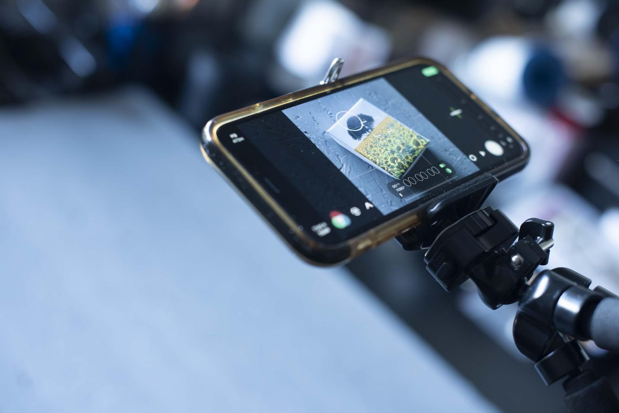 Filma med mobilen med FilMic Pro